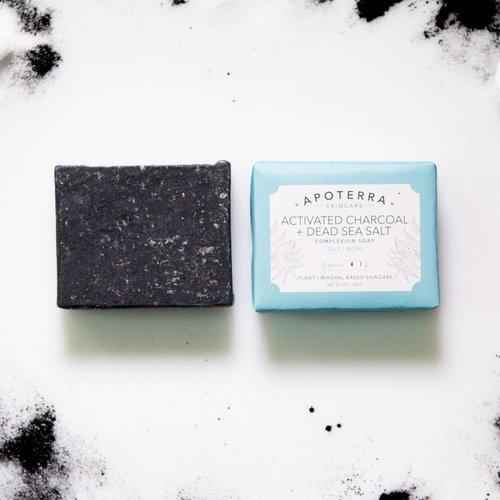 アポテラ チャコール+死海の塩ソープ(Apoterra Charcoal + Dead Sea Salt Complexion Soap)